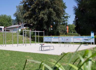 Calisthenics-Parcours Altmünster in der Bezirksrun...
